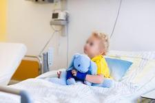 Un baietel de 3 ani a suferit un accident vascular la doua zile dupa ce a fost testat pozitiv cu COVID-19