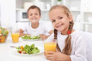 Principii alimentare in dieta copiilor - Piramida alimentara la copii