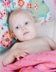 Ajuta-l pe bebe sa suporte mai usor caldura de afara