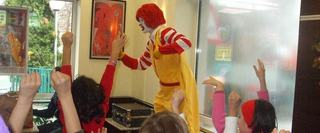 Show Ronald  McDonald, 9 februarie 2014