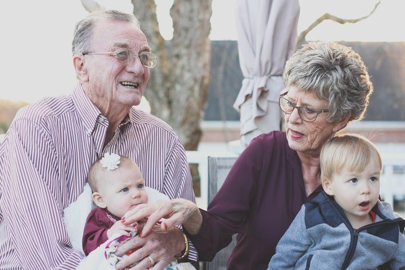 Vacanta, la bunici sau cu parintii?