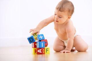 Coordonarea mana-ochi la bebelusi