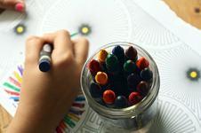 Legatura dintre fericire si creativitate la copii