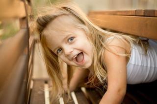 Fericire vs. lucruri. Cum poti avea un copil cu adevarat fericit