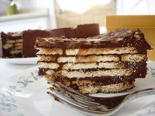 Tort de biscuiti, un desert simplu si rapid