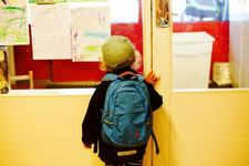 Masura luata impotriva gradinitei unde un copil cu autism a fost mutat in alta clasa, in timpul unei inspectii