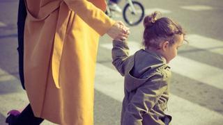 10 reguli de siguranta pe care copilul trebuie sa le invete de mic