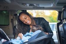 Utilizarea scaunului auto pentru copii pe timp de vara. 3 lucruri pe care sa NU le faci niciodata