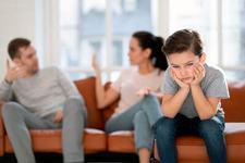 Lucruri despre care parintii nu ar trebui sa discute in fata copiilor