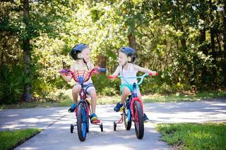 Patru activitati simple si educative de vara pentru copii