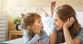 """Etapa """"de ce"""" si cum sa raspunzi tirului de intrebari pe care le pune copilul"""