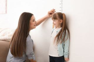 3 metode pentru a prezice cat de inalt va fi copilul tau