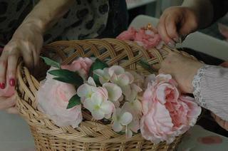 Flori creative la targul Traditii si flori de sarbatori