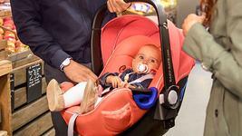 Rear facing, i-Size si testele de siguranta - 3 lucruri de care sa tii cont cand cumperi un scaun auto pentru copil