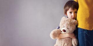 8 rani emotionale care ii vor ramane copilului toata viata