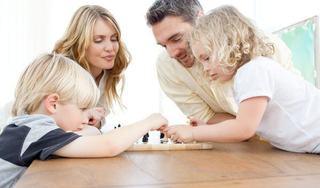 Cum incurajezi dezvoltarea sociala si emotionala a copilului mic