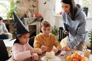 Activitati amuzante pentru un Halloween petrecut acasa alaturi de copii