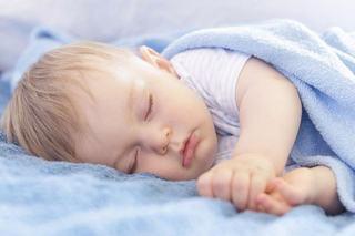 Transpiratia rece la copii pe timpul noptii
