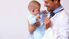 Nu vreau ca pediatrul sa retraga preputul baietelului meu