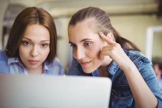 Cum iti ajuti adolescentul sa isi gaseasca primul job