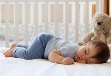 Cele 6 trucuri care il vor face pe copil sa adoarma rapid