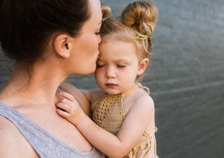 O mama sufera, dar nu isi abandoneaza niciodata copilul