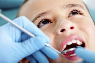 Un copil de patru ani a intrat in coma dupa o vizita la stomatolog