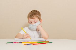 Un copil de 4 ani din Italia, infectat cu coronavirus inca din noiembrie 2019