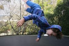Trambuline: ce riscuri prezinta pentru copii si cum poti evita accidentarile