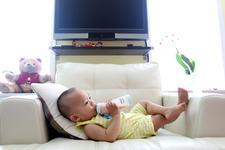 Reflux gastroesofagian la bebelusi: ce trebuie sa stii si cum sa actionezi