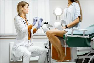 Analize si controale ginecologice pe care femeile trebuie sa le faca in fiecare an (pe langa Papanicolau)