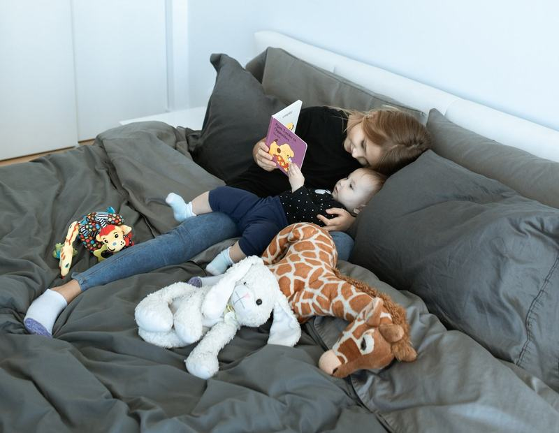 Co-sleeping? Pana la ce varsta il poti practica? Iata ce spun expertii