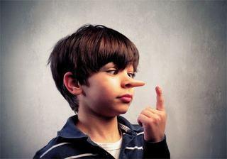 Cum reactionezi la minciunile copilului