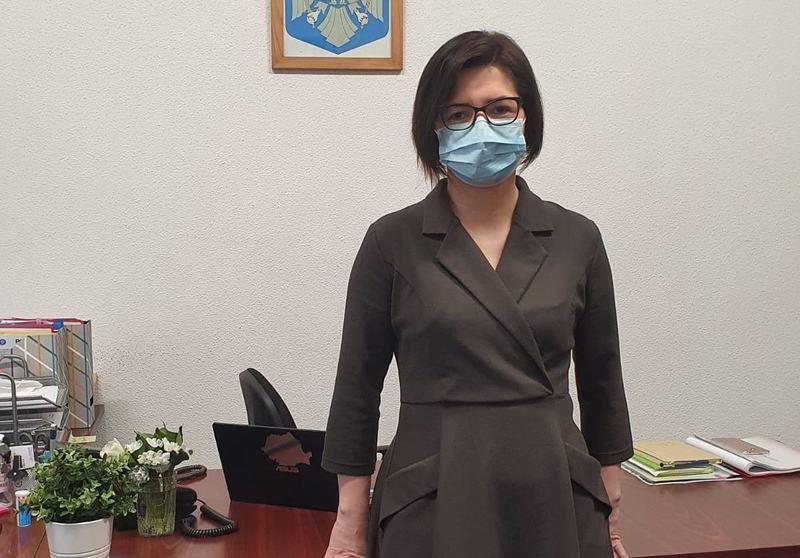 Ce se intampla cu masca de protectie in scoli in urmatorul an scolar? Anuntul clar facut de Ioana Mihaila