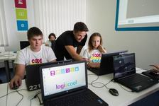 Logiscool, scoala de programare care a invatat 10.000 de copii sa faca jocuri si aplicatii pe calculator, vine in Bucuresti