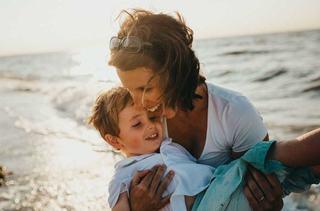 Sase beneficii de a avea un singur copil, despre care nu iti vorbeste nimeni