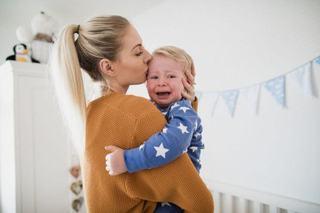 5 fraze pe care NU trebuie sa le spui copilului tau atunci cand plange