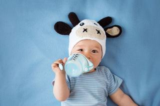 De ce nu este bine sa dai bebelusului lapte de vaca