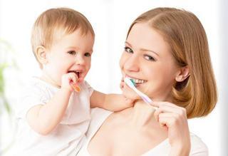 7 sfaturi pentru sanatatea orala a copilului