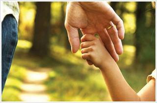 Parintii care stau acasa cu copiii nu vor primi bani pe timpul vacantelor