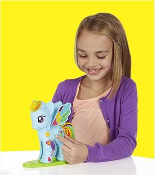 Copiii ne-au spus cum va arata viitorul: mai colorat si extrem de diferit de prezent!