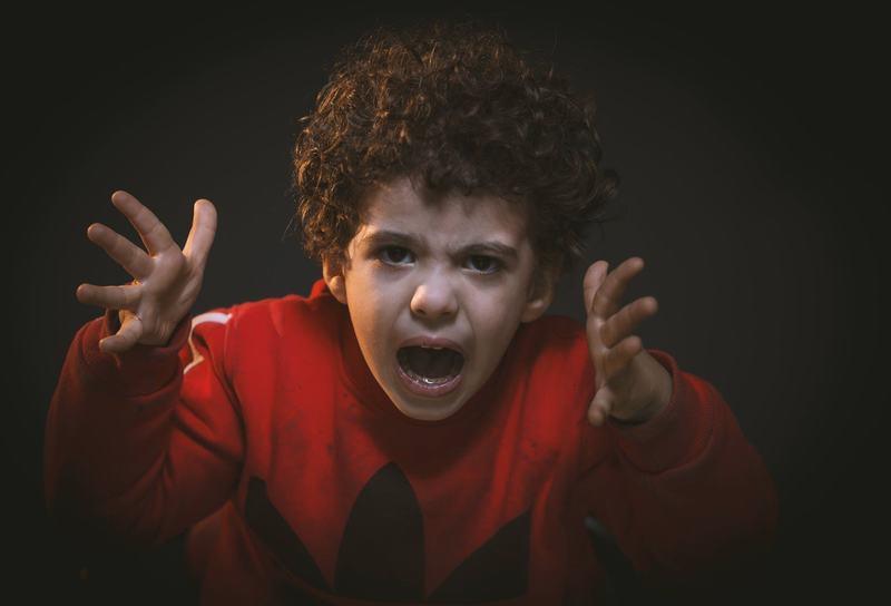 Agresivitatea in cazul copiilor mici. Cum sa reactionezi