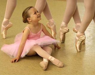 Baletul, solutia perfecta pentru fetita ta