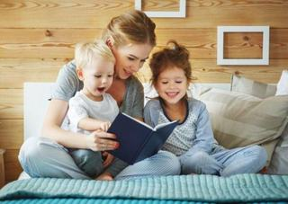 Daca ii citesti copilului tau inainte sa intre la gradinita va auzi peste 1 milion de cuvinte