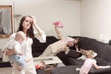 Studiu: Care sunt cele mai stresate mame. Raspunsul te va surprinde
