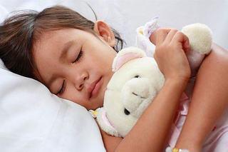 Legatura dintre somn si crestere la copii