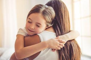 Montessori acasa: cum sa cresti un copil care stie sa rezolve singur problemele
