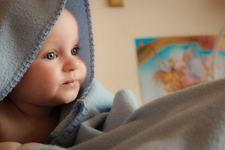 Coji in cap la bebelus. Ce este si cum se trateaza dermatita seboreica infantila