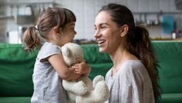 Daca copilul tau iti spune aceste 12 FRAZE, insemna ca te descurci FOARTE BINE in rolul de parinte