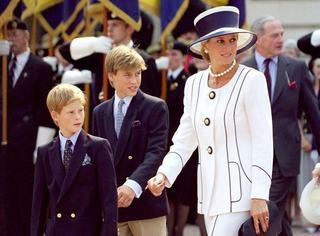 Printul William a marturisit ca rolul de tata i-a scos la suprafata amintiri dureroase legate de moartea mamei